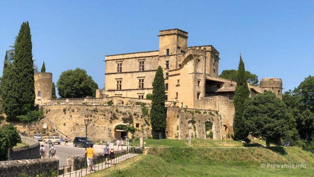 Pałac w Lourmarin