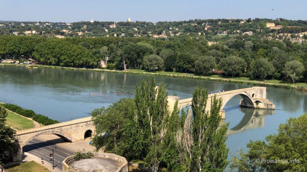 Słynny most w Awinion