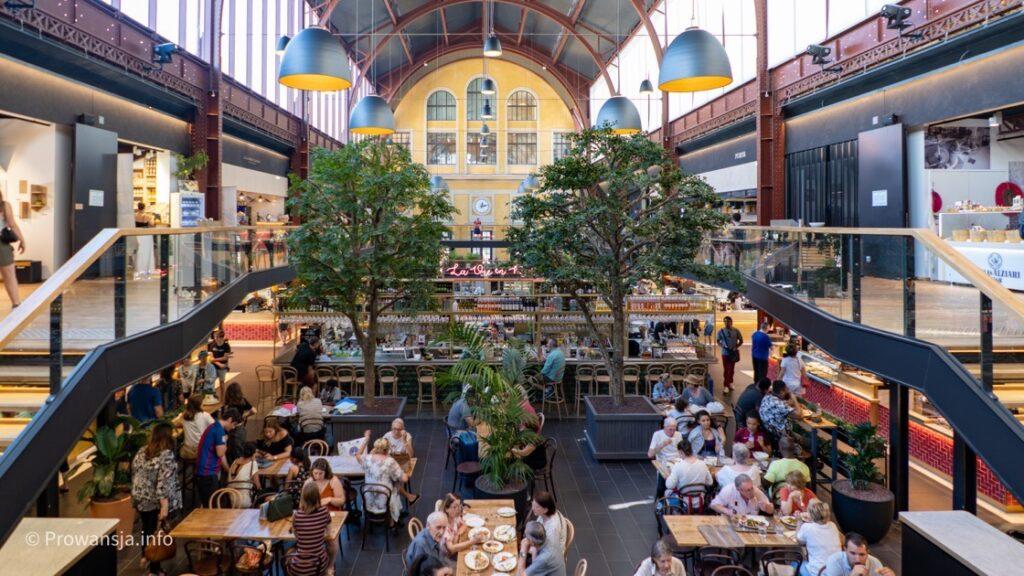 Hala z jedzeniem Gare du Sud