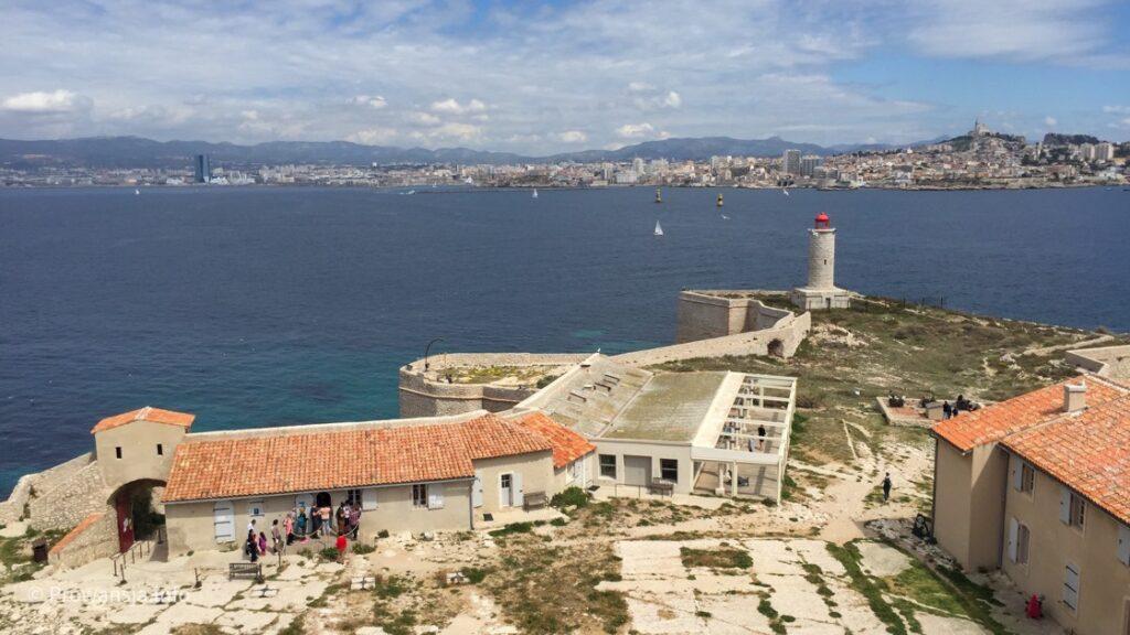 Panorama Marsylii z wyspy If
