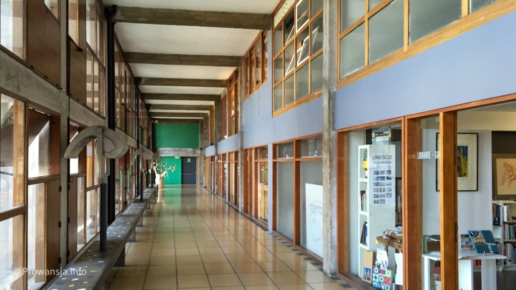Jednostka Mieszkaniowa Corbusiera