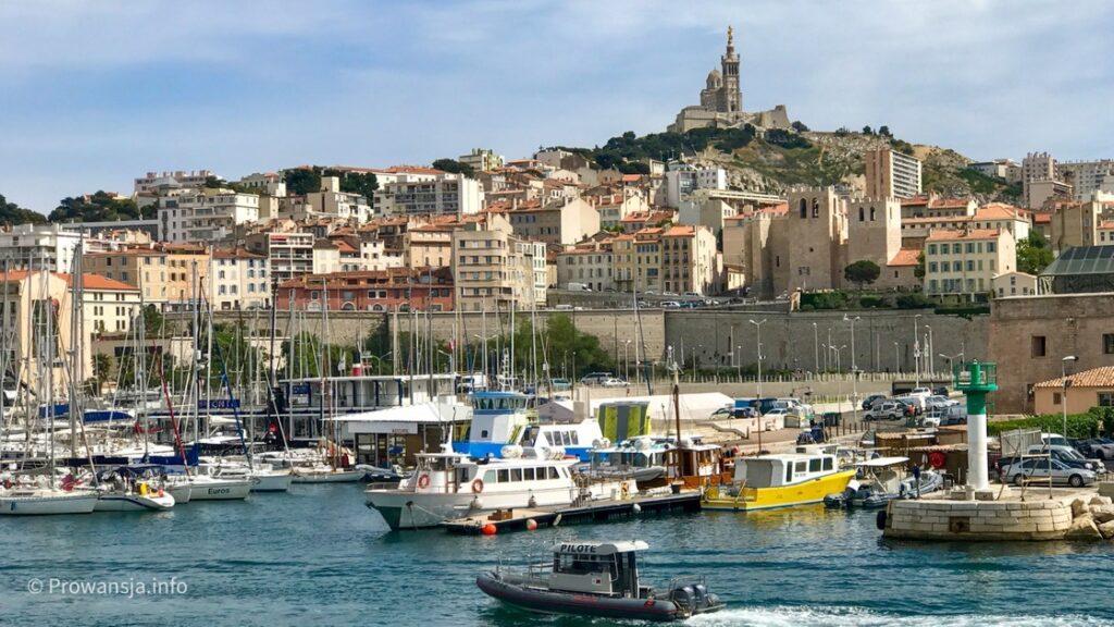 Widok na wzgórze La Garde ze Starego Portu