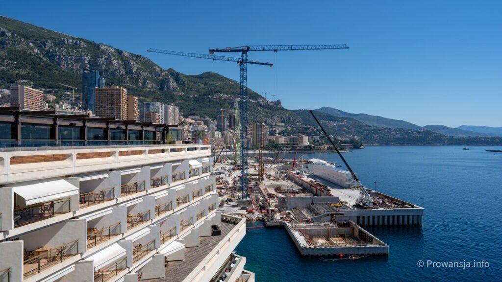 Budowa nowej dzielnicy na wodzie, tuż obok kasyna Monte Carlo (stan na 2020)