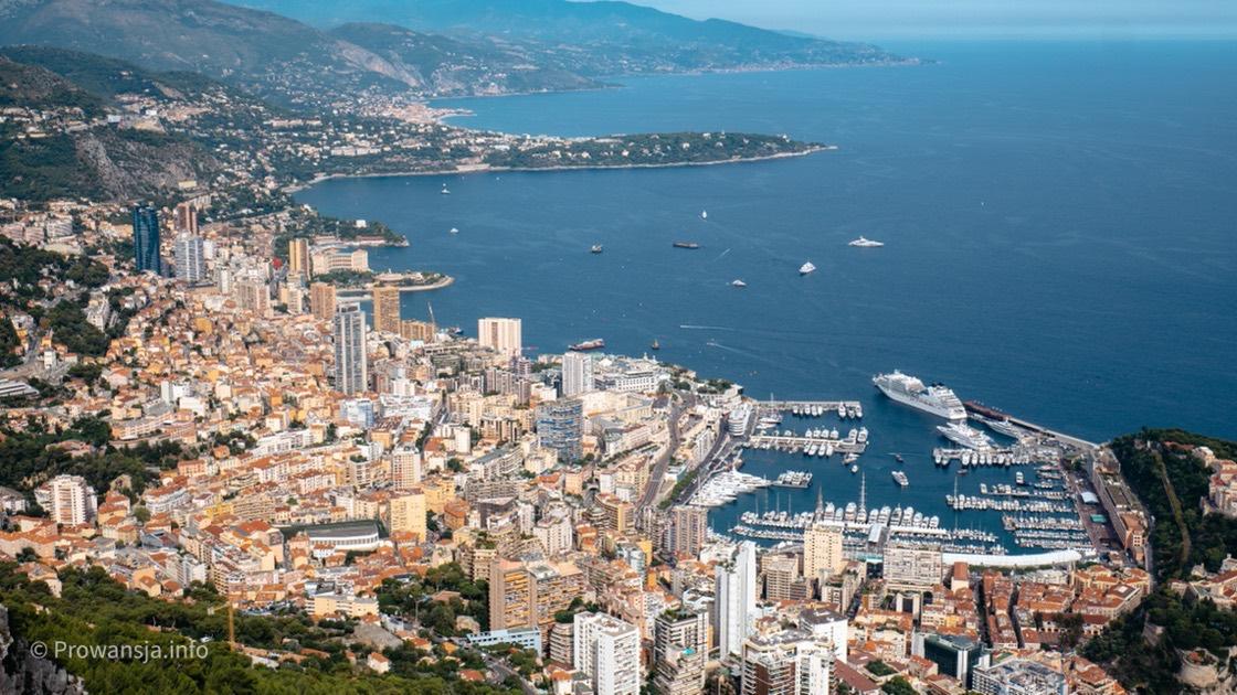 Monako, widok ze skały Głowa Psa