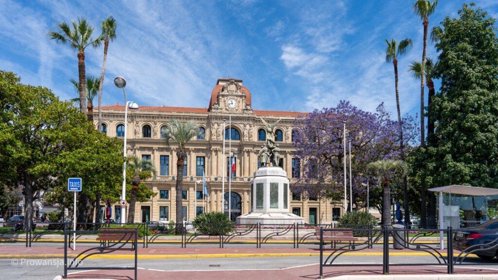 Budynek urzędu miejskiego