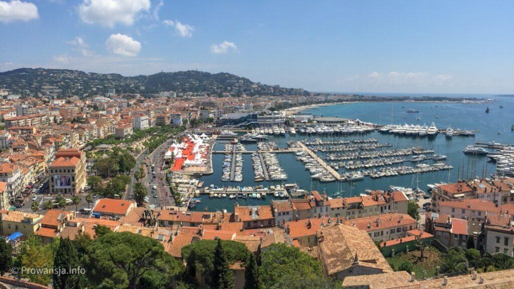 Panorama Cannes z wieży muzeum Castre